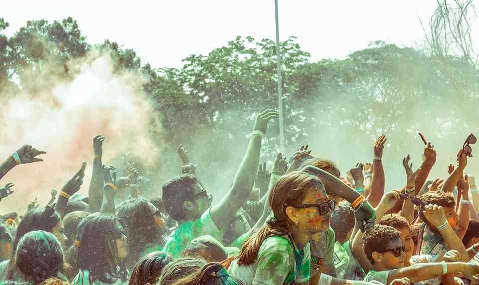 Agenda de Ocio: Fiesta Holi y música en directo en Moral