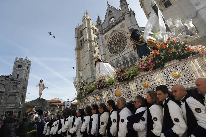 Procesión del Encuentro Semana Santa León