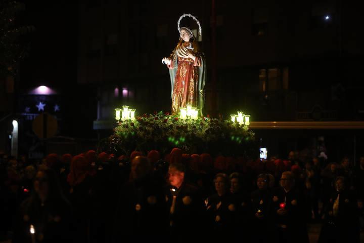 Procesion semana santa Ponferrada procesion de flores del Sil foto Luis de la Mata