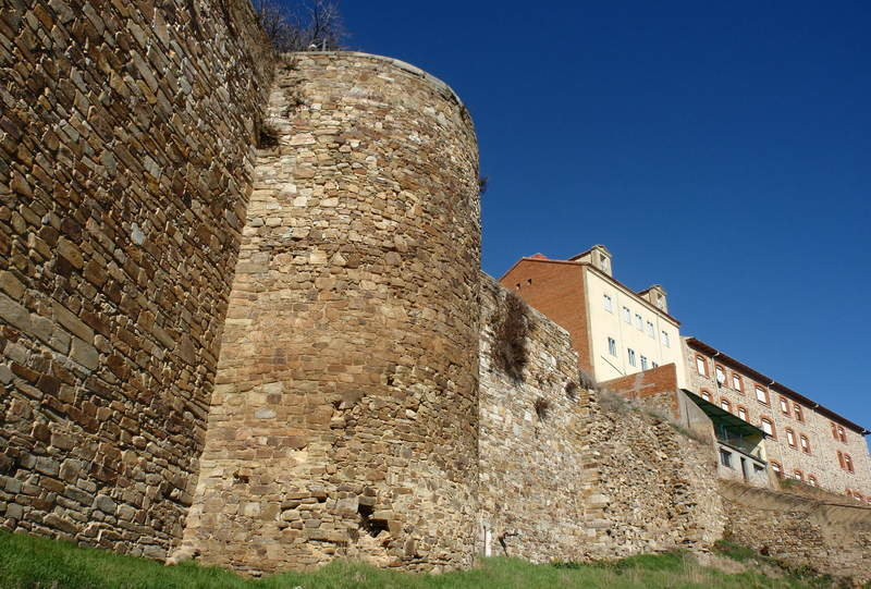 Muralla de León