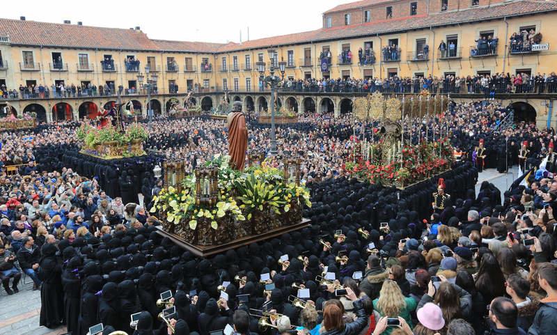 Procesión de los Pasos León 2019